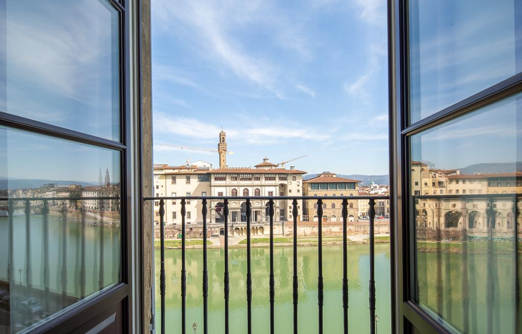 Ponte Vecchio Apartment