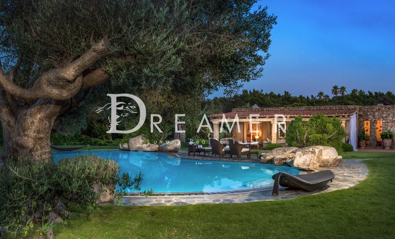 Exclusive Villa Punta Volpe