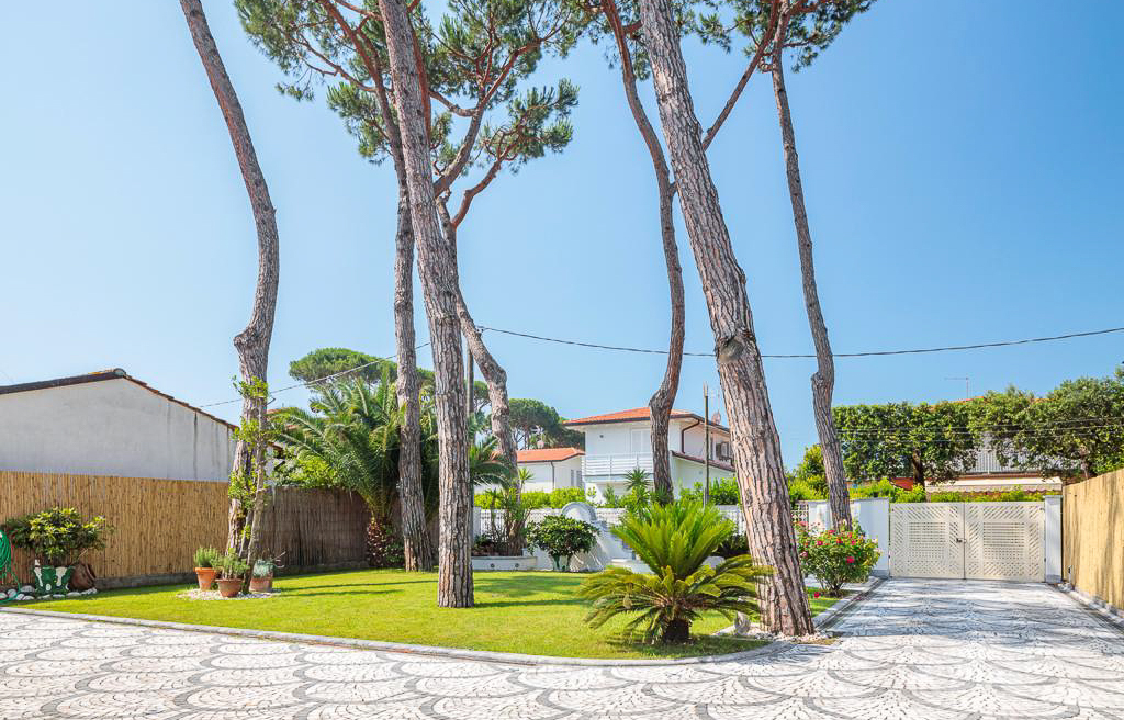 Luxury Villa Forte dei Marmi