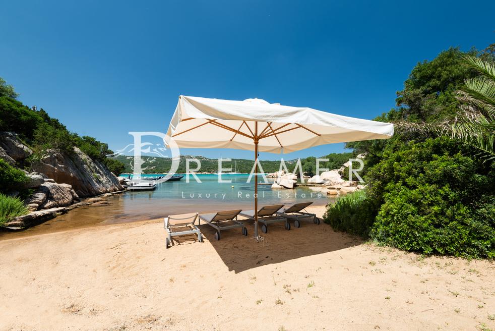 esclusiva-villa-con-spiaggia-privata22-1