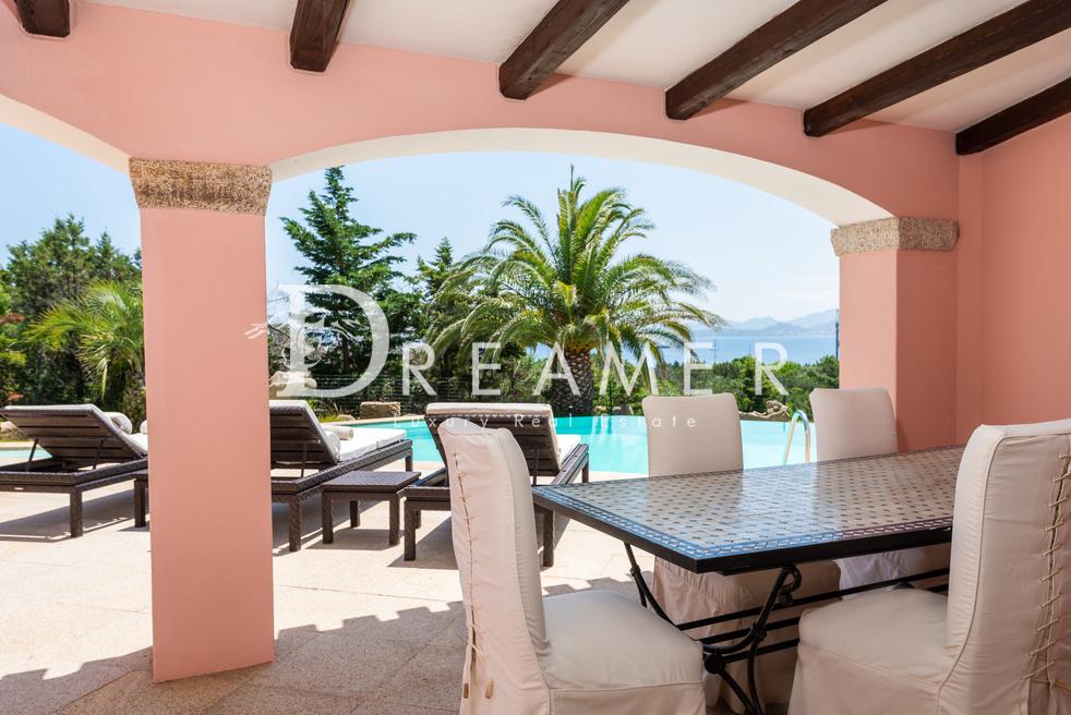 esclusiva-villa-con-spiaggia-privata25-1