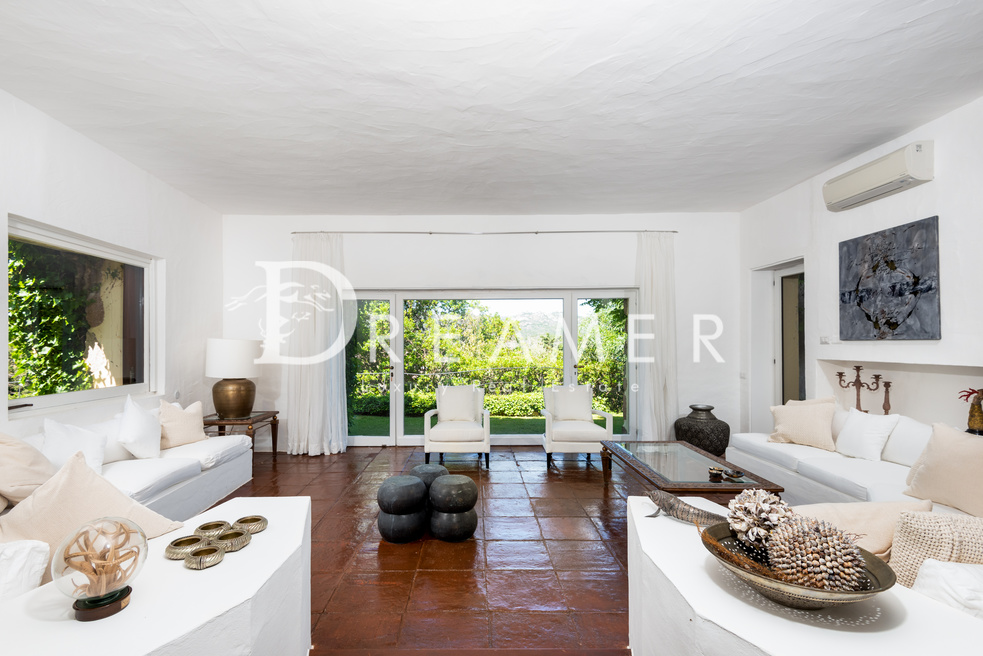 esclusiva-villa-con-spiaggia-privata6-1