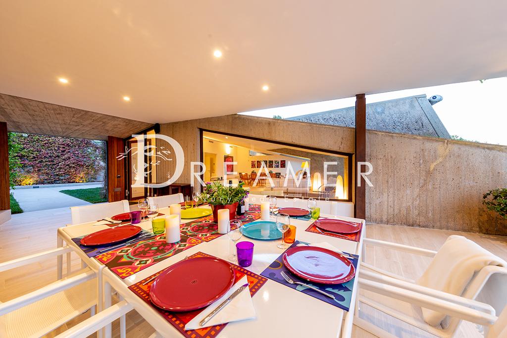 escusiva-villa-di-design11