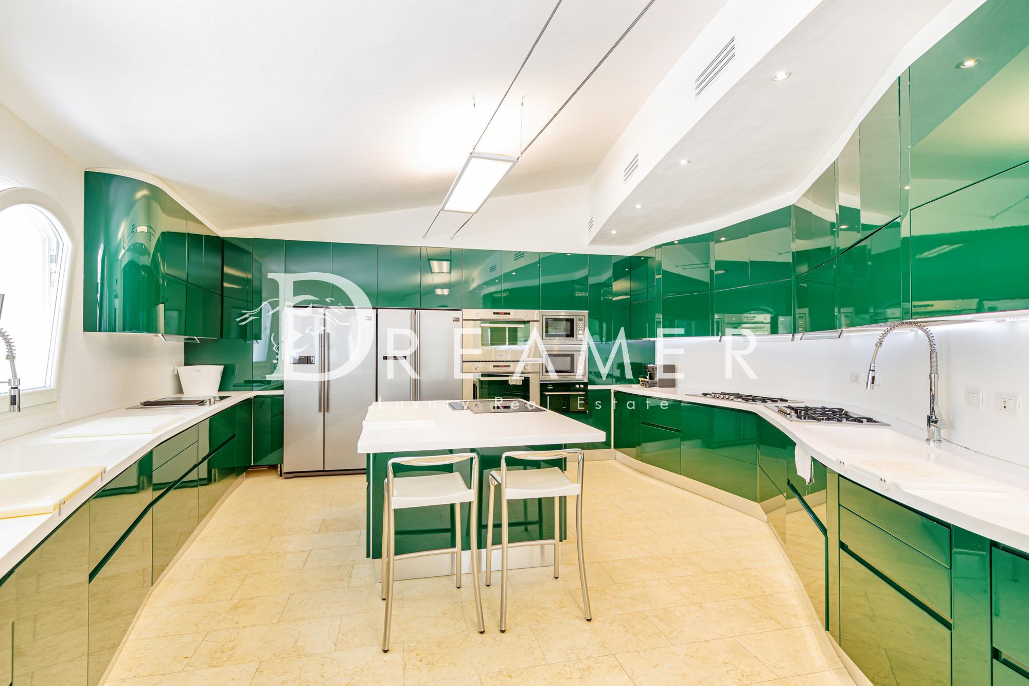 moderna-villa-vista-mare17
