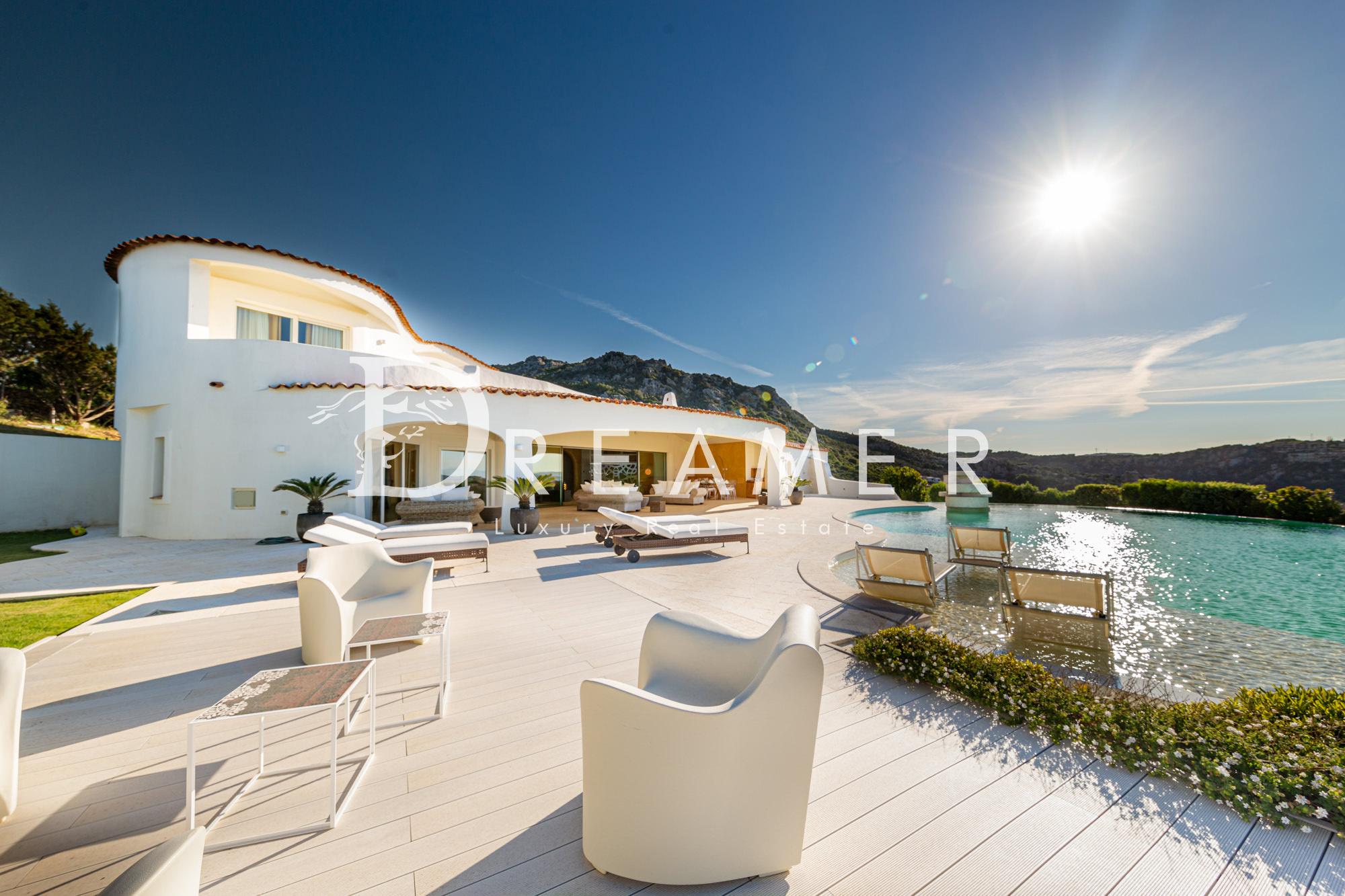 moderna-villa-vista-mare25