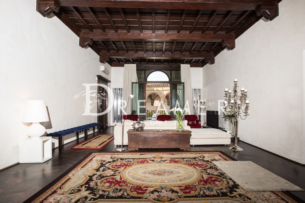 Apartment<br>Piazza Signoria with view
