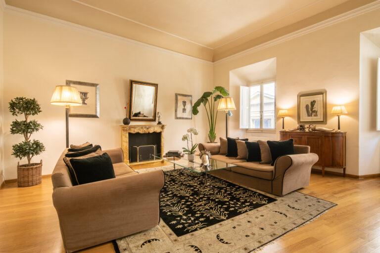 Elegante appartamento<br> in Oltrarno