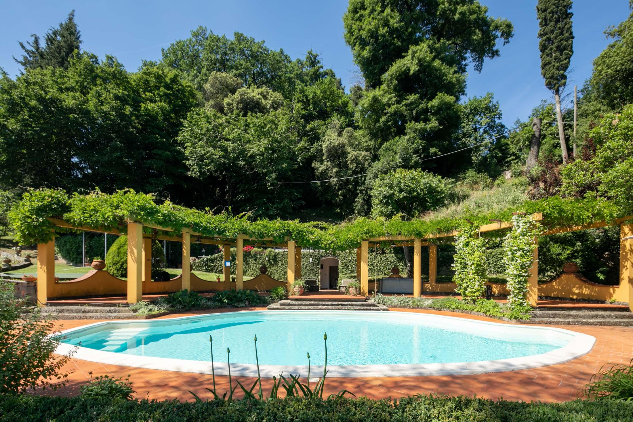 Villa<br> in Pian dei Giullari with pool