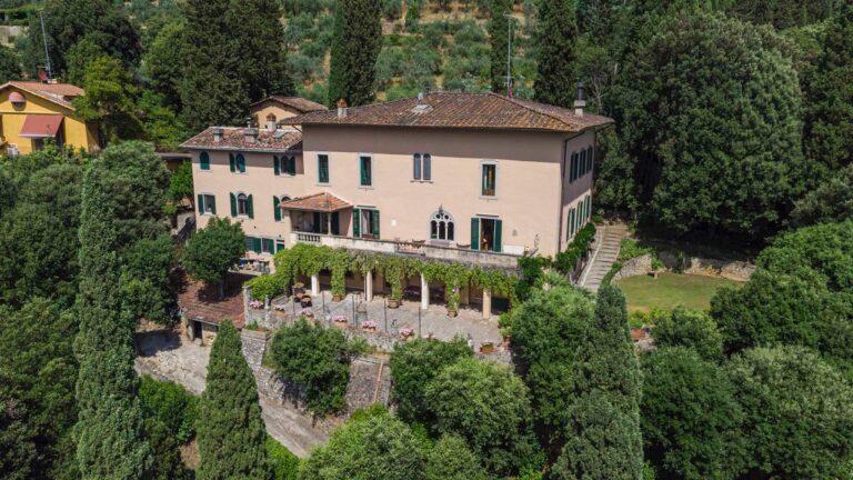 Prestigiosa Proprietà con Vista<br> su Firenze