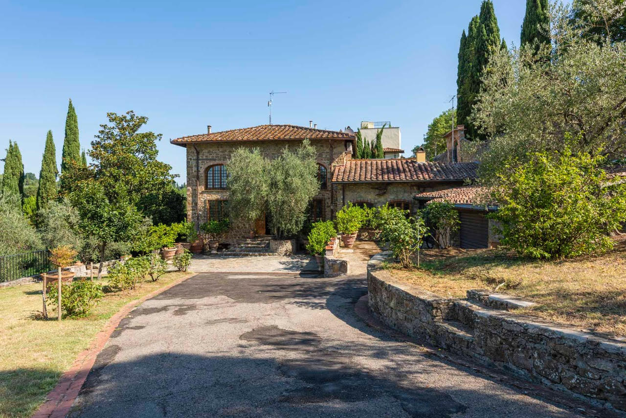 Country House<br> in Florence, Tuscany
